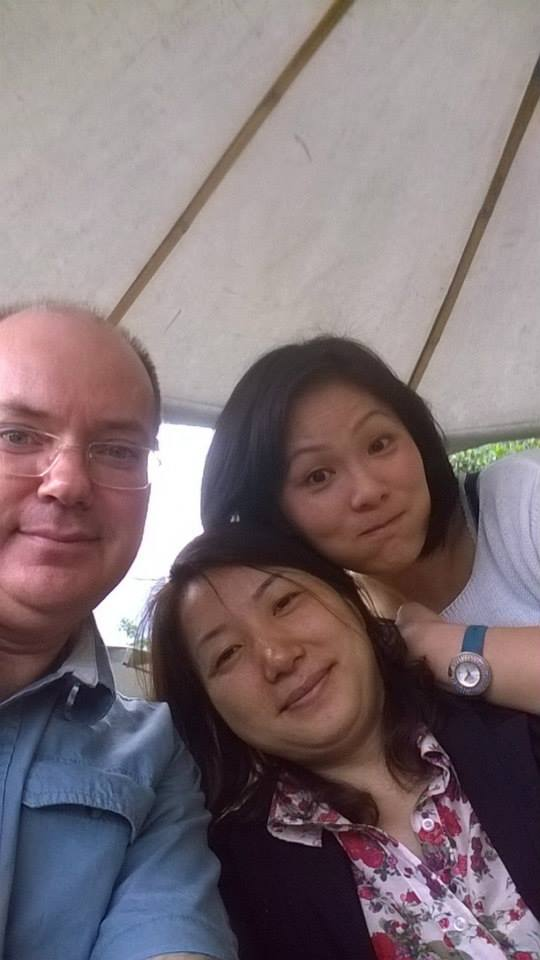 Time for a selfie with Wendy from Wendy's Minerals and Mei Shan in YangShuo