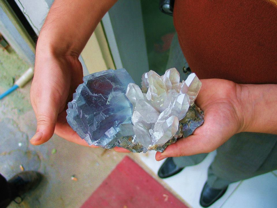 A nice cluster of fluorite and quartz from the Yao Gan Xian mine