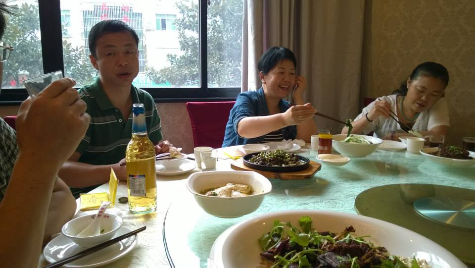 Eating lunch with the Gao family