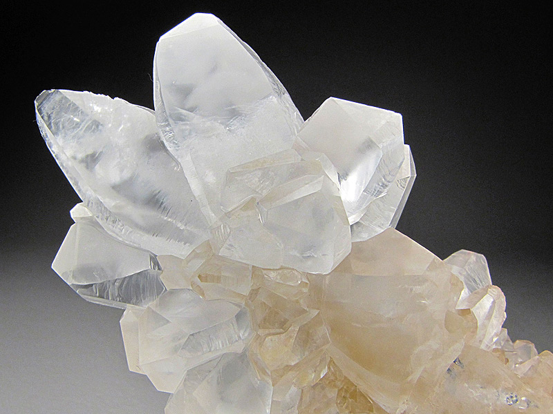 Mineral Specimen Calcite Crystals Guilin Prefecture Guangxi Zhuang Autonomous Region China For Sale
